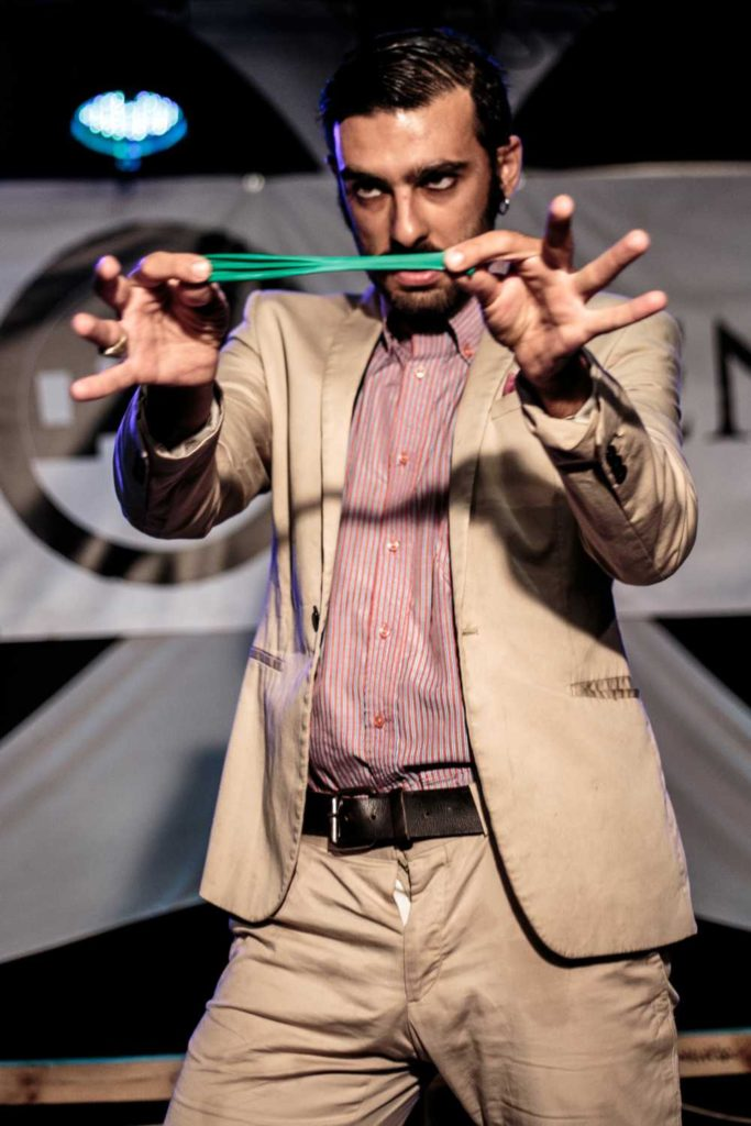 Andrea Mineo performing at BuskerBus Cabaret in Wrocław