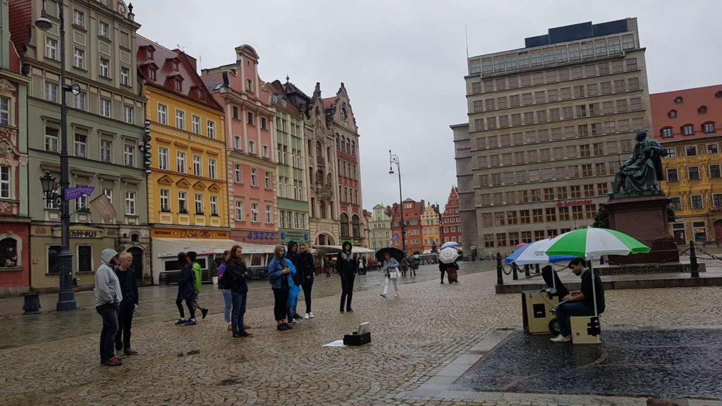 Koncert uliczny we Wrocławiu na Festiwalu BuskerBus